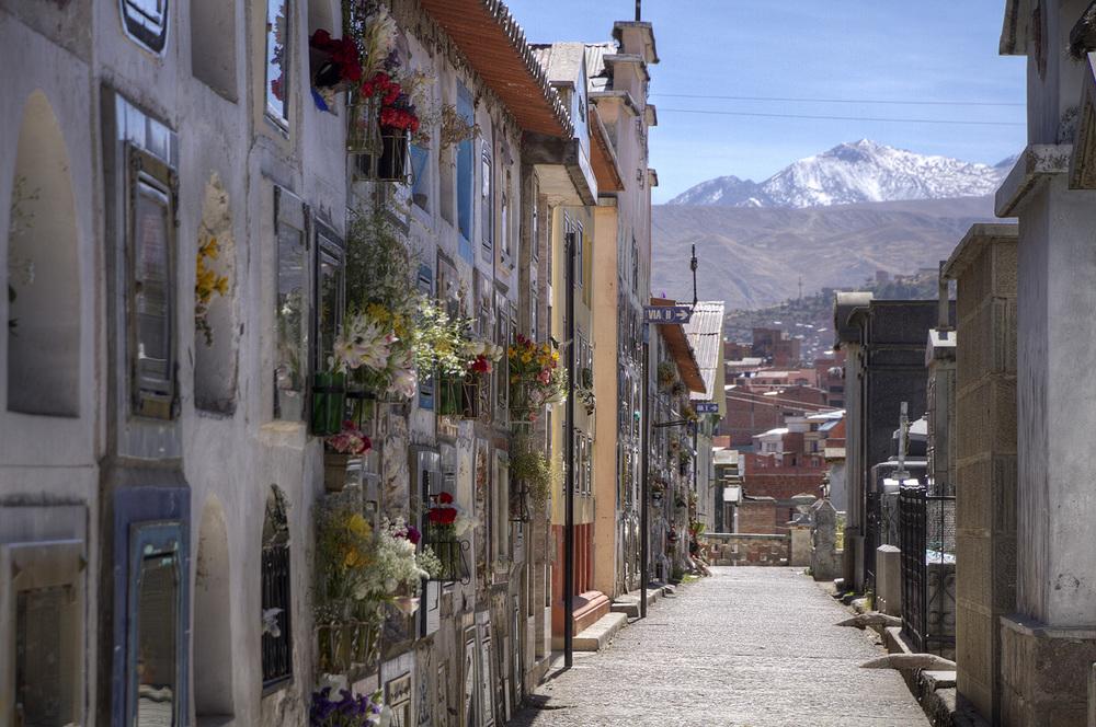 La Paz cemetery.jpg