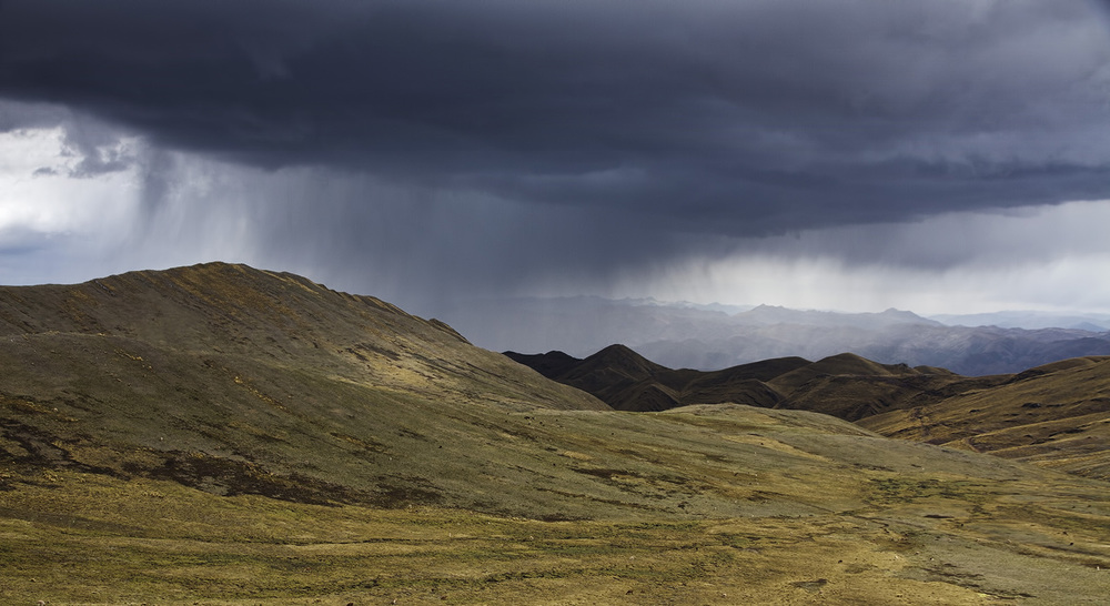Cusco North Hills Storm.jpg