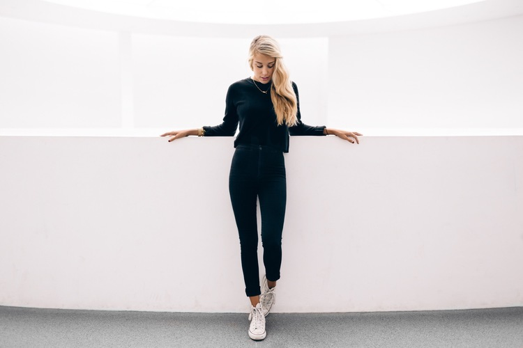 Pinakothek Der Moderne and The Blonde Vagabond:Jordyn Kraemer.JPG