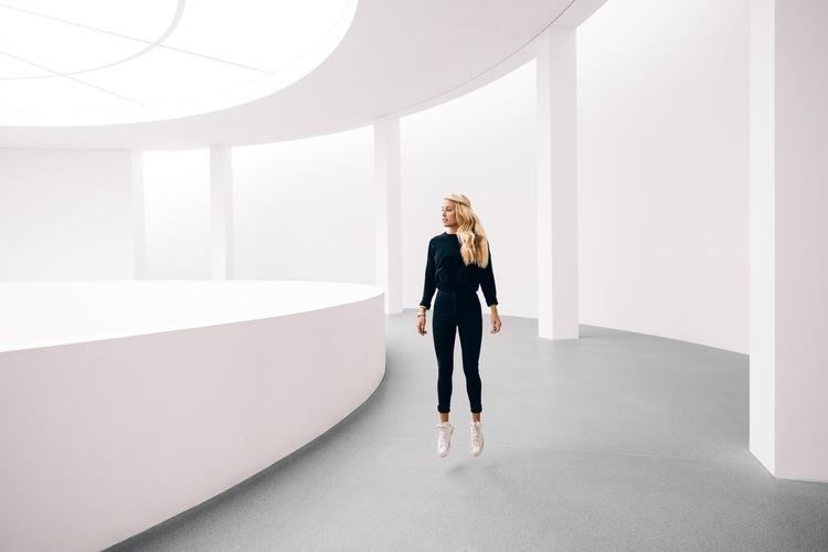 The Blonde Vagabond at Pinakothek Der Moderne.JPG