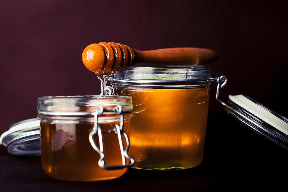 glass-honey-jar-8257.jpg