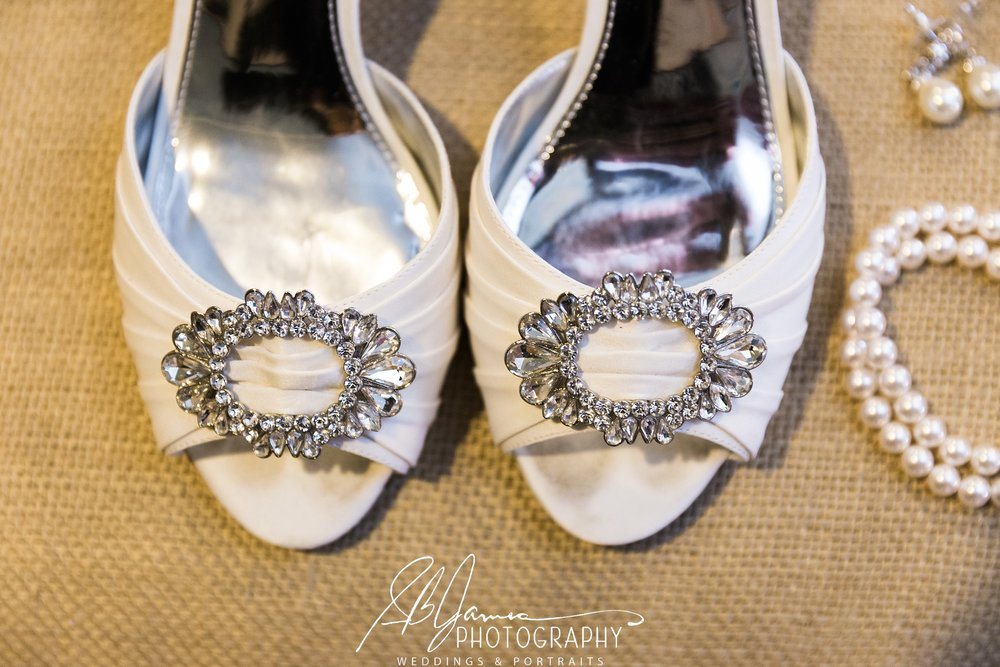 New Orleans, Baton Rouge, bride, groom, wedding, gonzales, baton rouge photographer weddingshoes bride groom wedding weddingday bridalparty gonzaleswedding batonrougewedding batonrougphotographer gonzalesphotographer weddingphotos weddingprepphotos