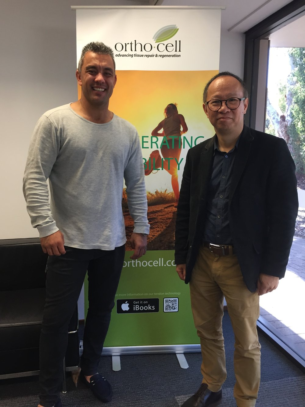 Daniel Kerr and Prof Zheng.JPG