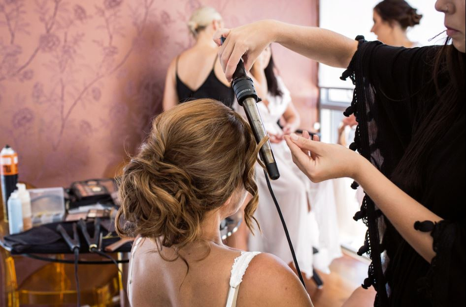 bridal hairstylist gold coast hairstylist.JPG