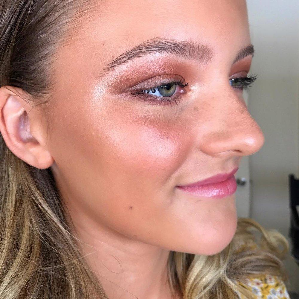 Makeup: Isabella Jane