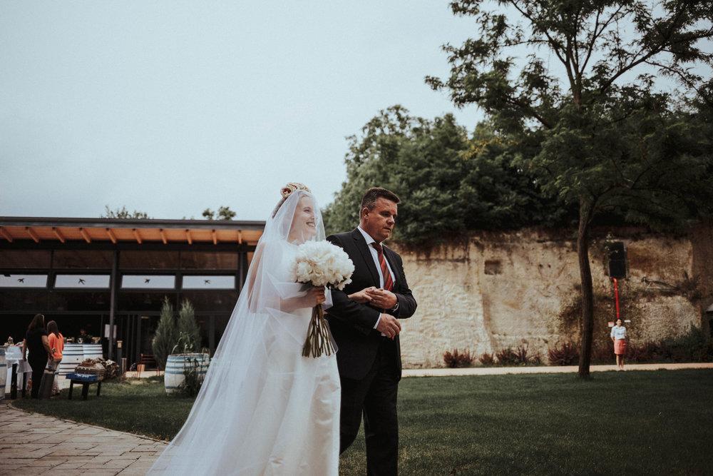 20170616_Kamilla+Peti_wedding_w_069__MG_8198_1.jpg