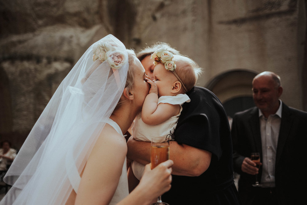 20170616_Kamilla+Peti_wedding_w_125__MG_8363_1.jpg