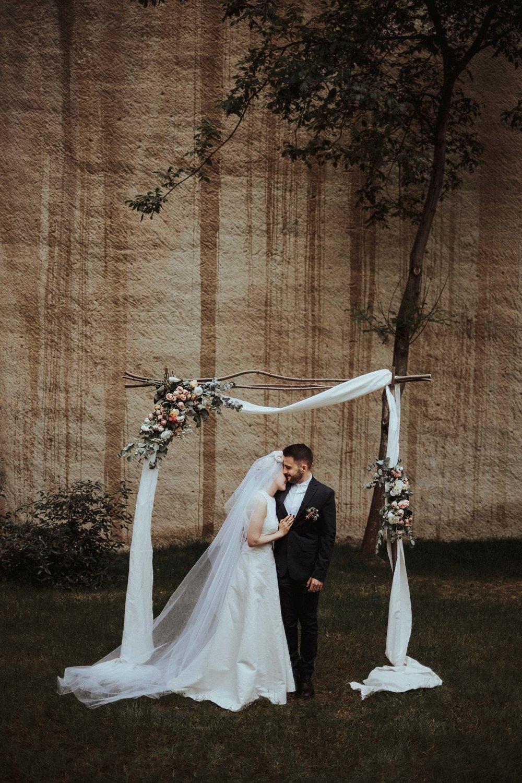 20170616_Kamilla+Peti_wedding_w_354__MG_9201_1.jpg