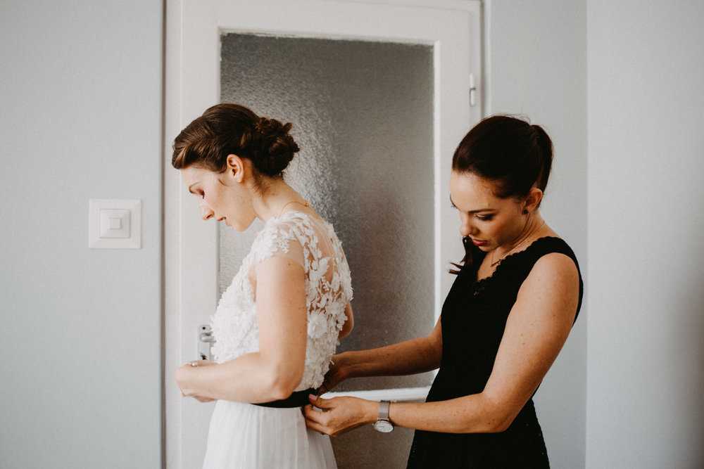 1826-Moni+Szabi-wedding-112-w.jpg