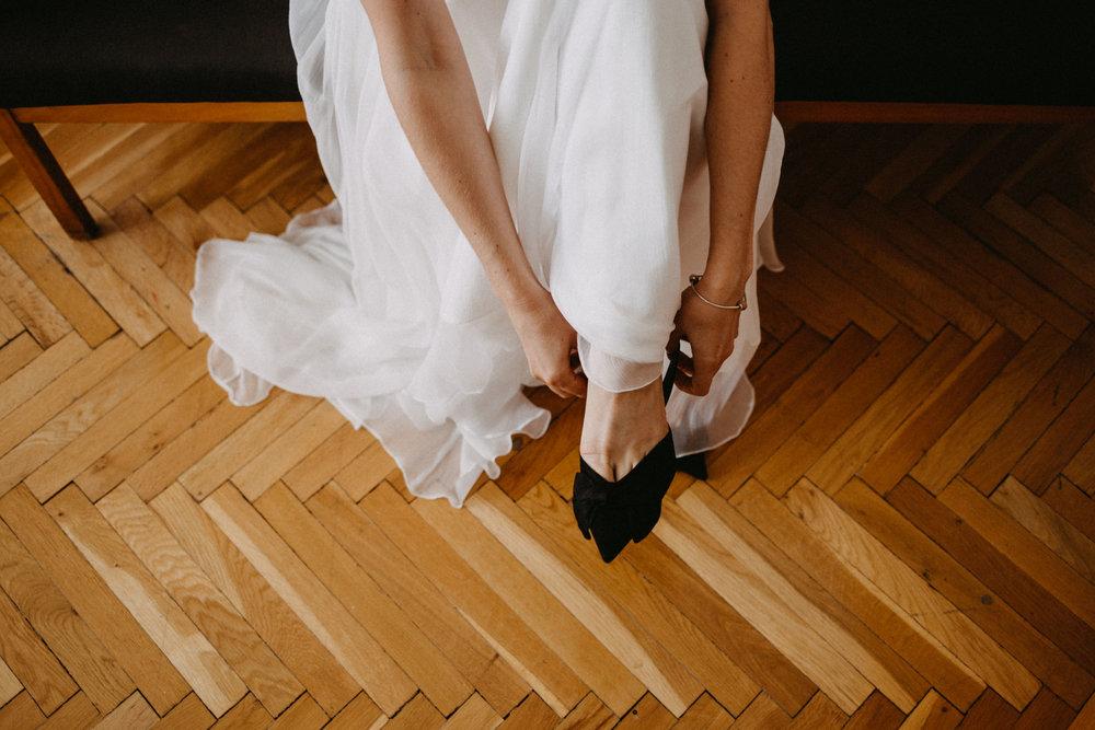 1826-Moni+Szabi-wedding-121-w.jpg
