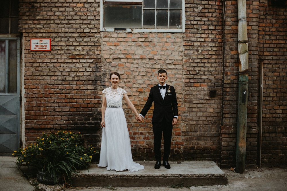 1826-Moni+Szabi-wedding-330-w.jpg