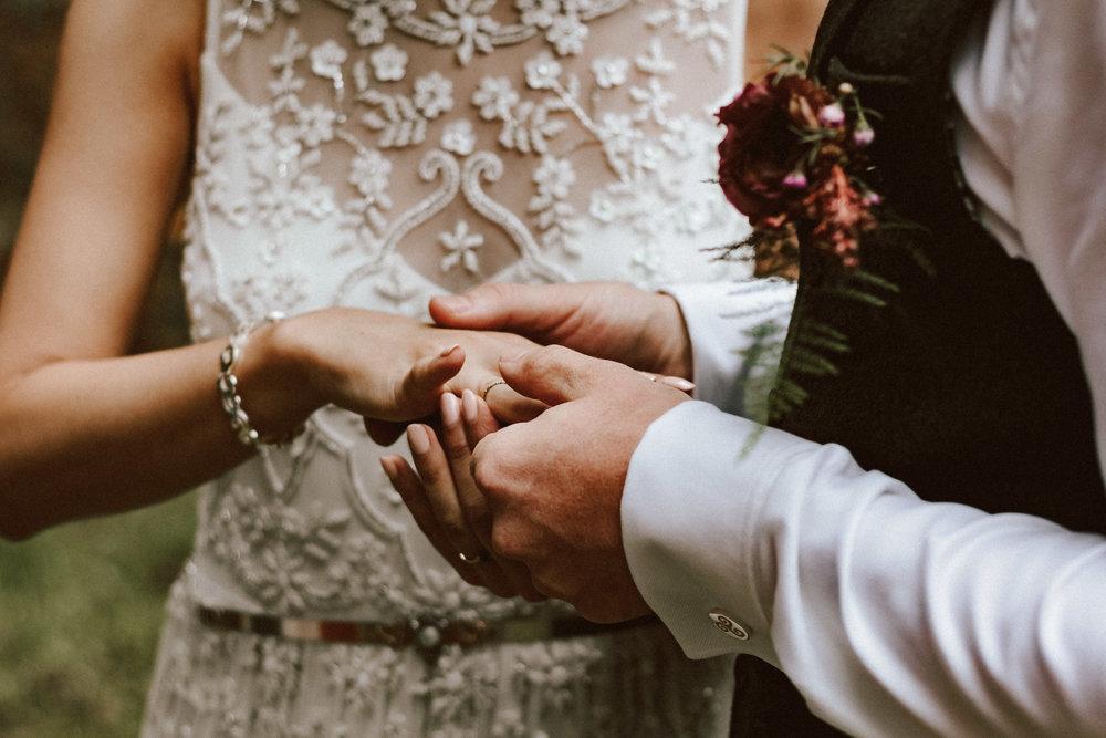 1824-Brigi+Adam-wedding-334-w.jpg