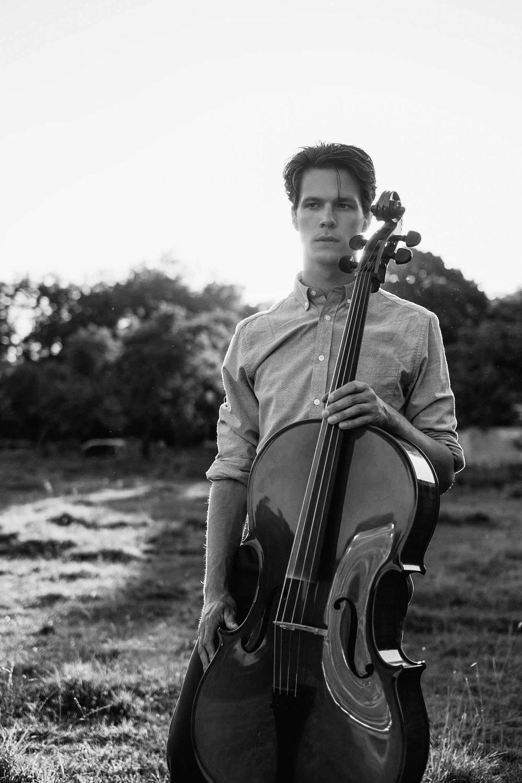 Patrick-Lyall-sunset cello