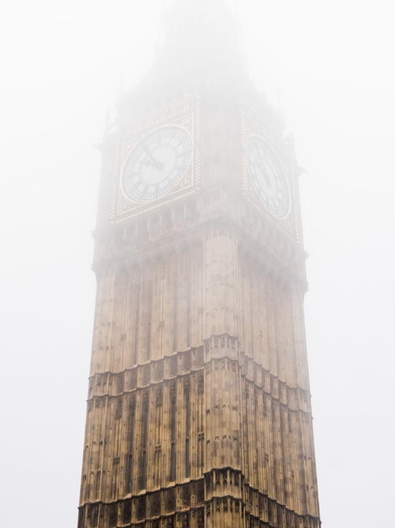 Big-Ben-Fog.jpg