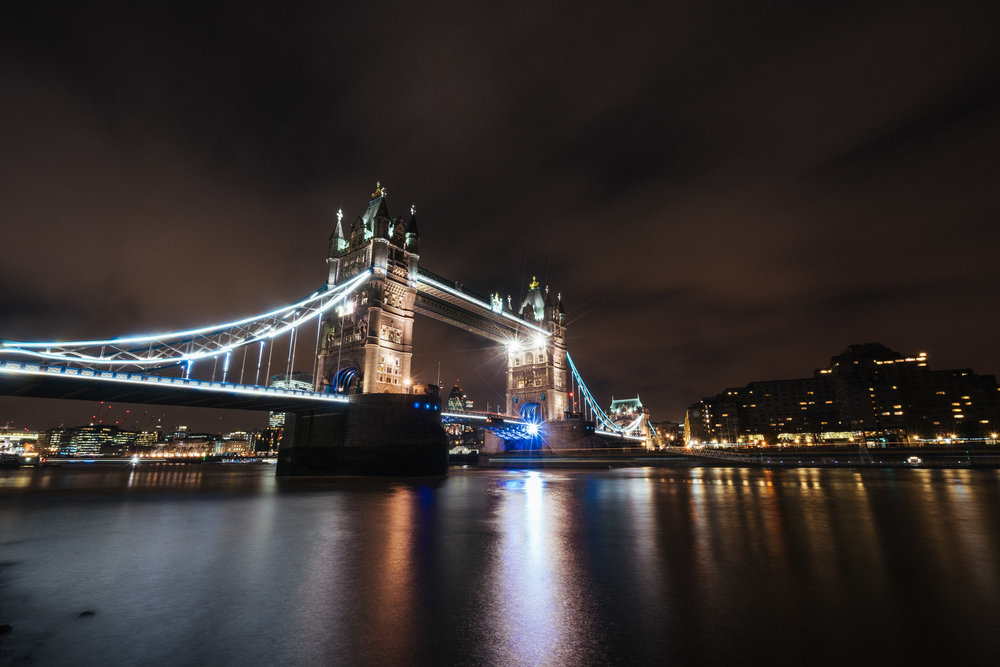 tower-bridge-night-exposure