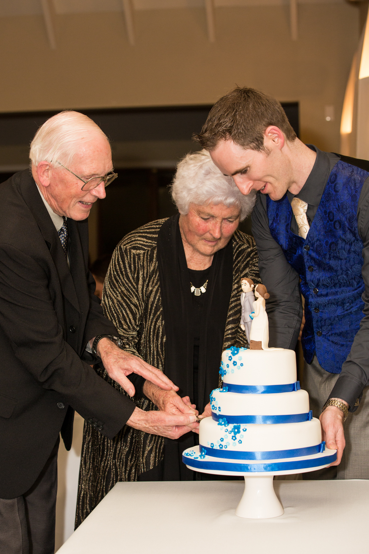 Wedding photographer Auckland wedding blog 2-13