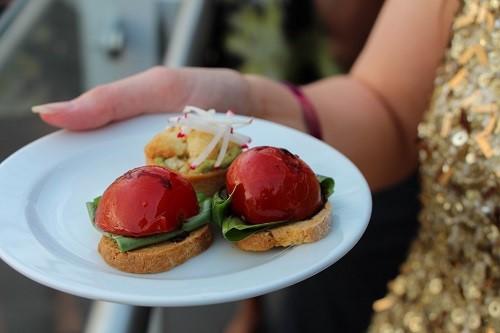 Tomato and tahini tartlets