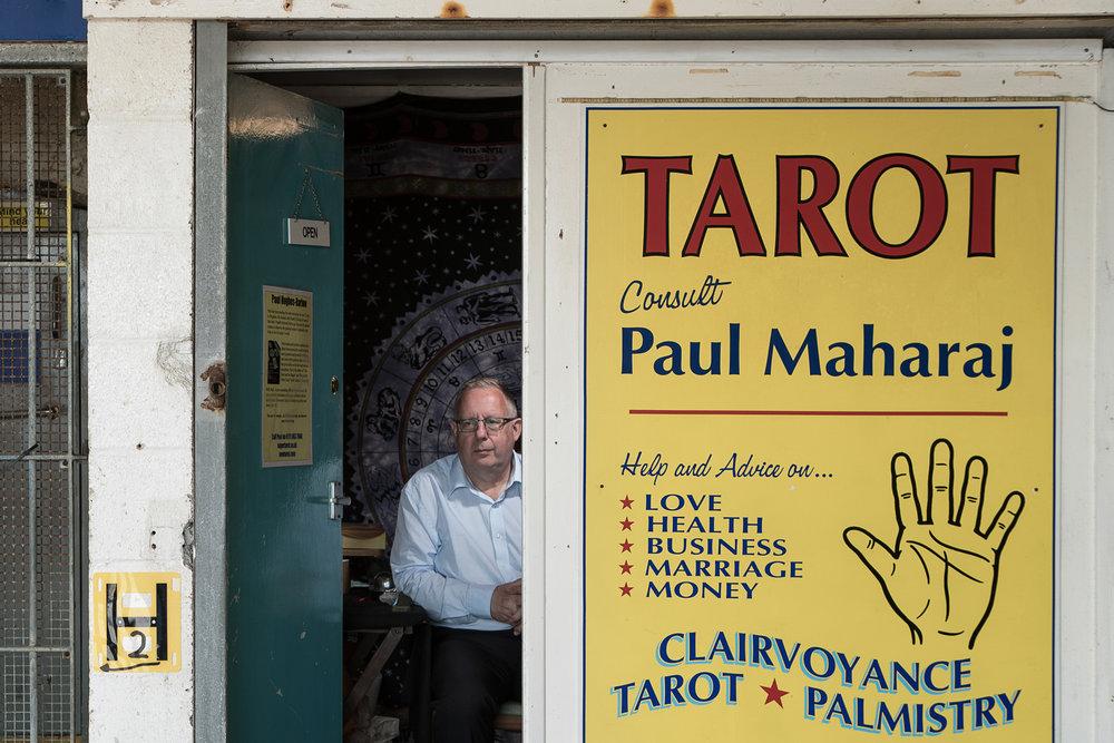 Paul, Tarot reader