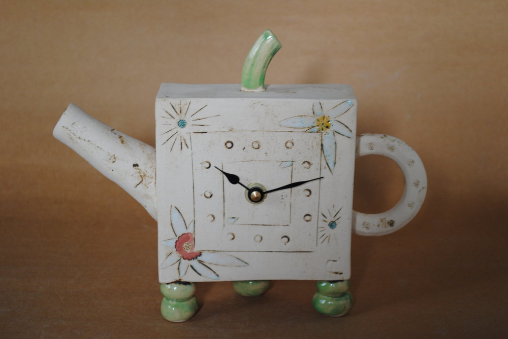 Iveta Goddard - tea pot clock.jpg