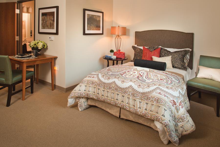 10047368_westfield_Model_Room.jpg