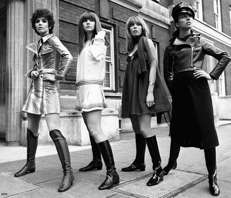 London fashion models wearing go-go boots in the 1970s