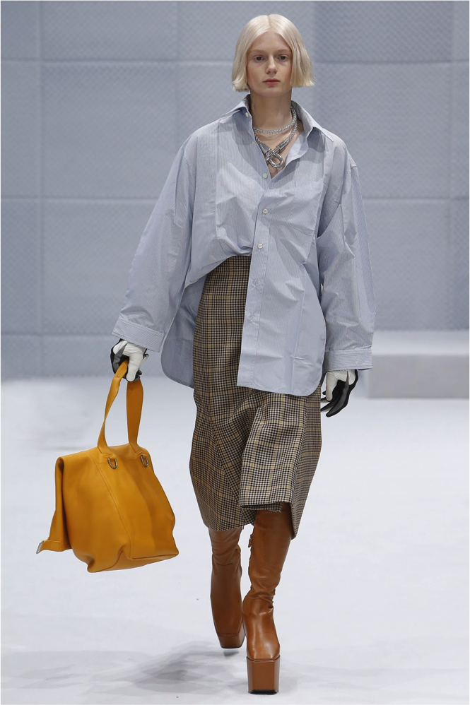 Shirt big enough for the meal, bag big enough for the leftovers. Images via Vogue