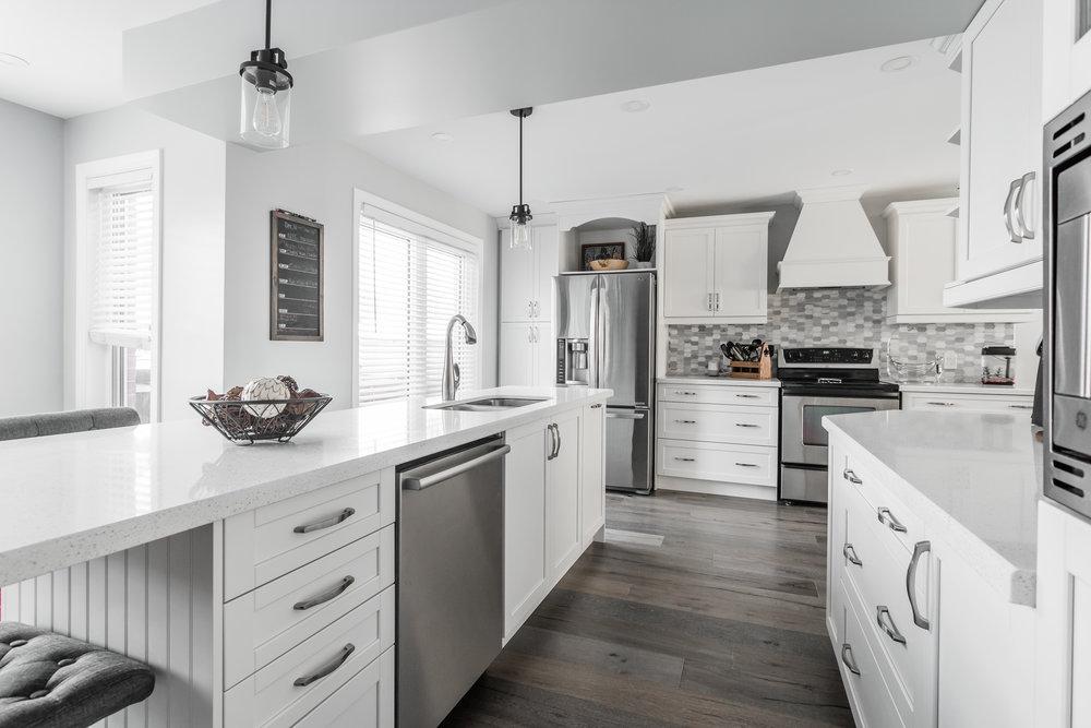 Marchant Lochness Kitchen-7.jpg