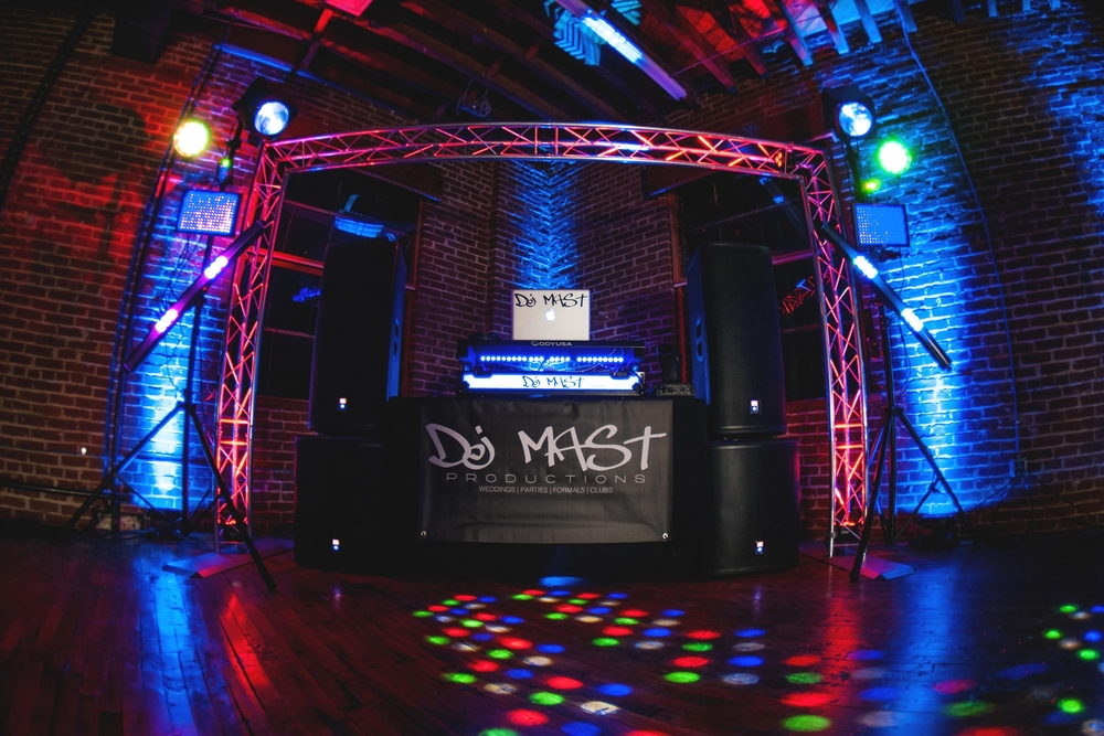 Mission. DJ Mast Productions The best DJ Entertainment and Lighting ...  sc 1 th 183 : dj and lighting - www.canuckmediamonitor.org