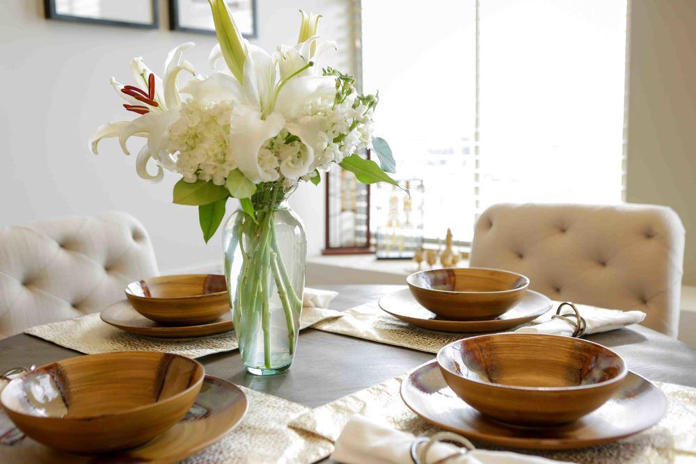401-Cherry-Dining-Room-Table2.jpg