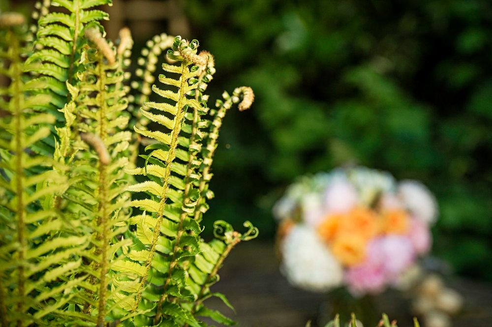 04-Lois-Keane-Flowers.jpg