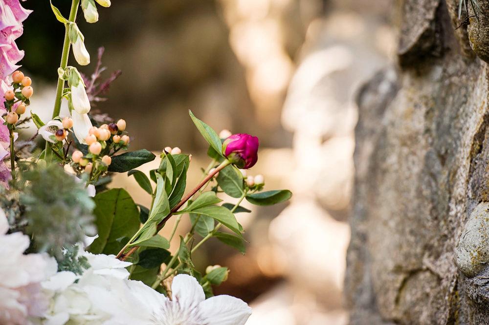 21-Lois-Keane-Flowers.jpg