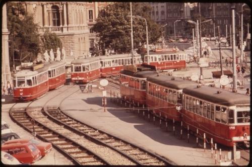 Blog.Tram Vienna.jpg