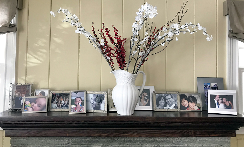 framed family photos are great way to keep memories alive