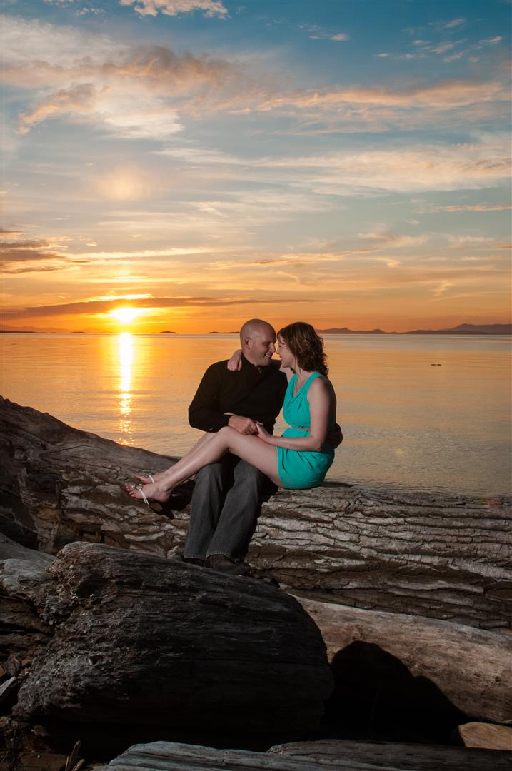 Neck Point Engagement Session In Beautiful Nanaimo B.C.