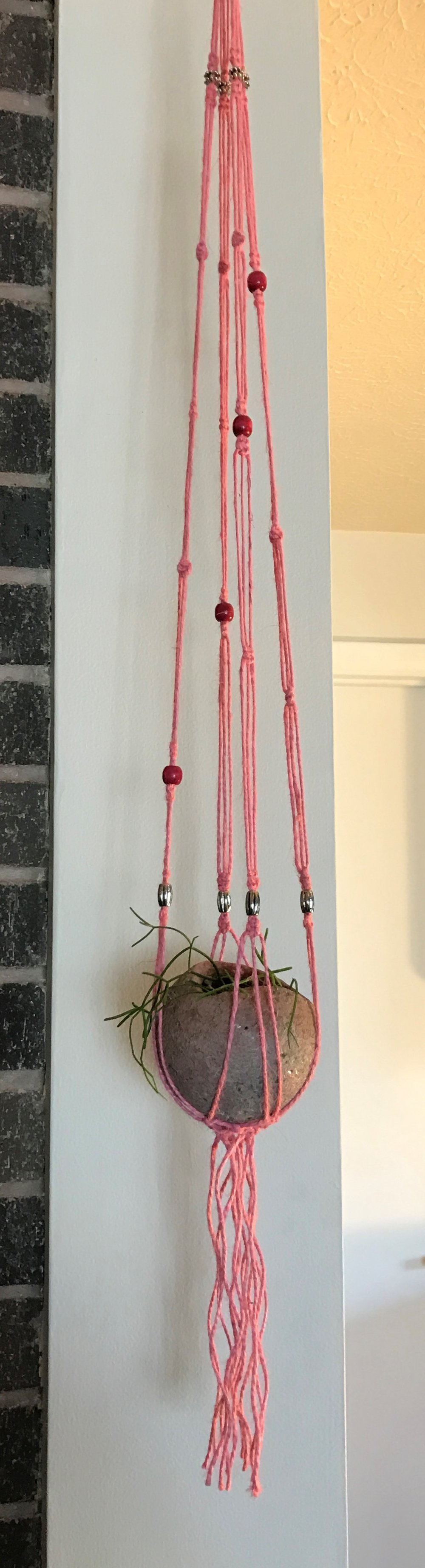 "4"" Sphere planter in jute macramé  hanger."