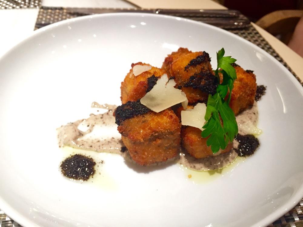 Truffle Mushroom Croquette :  Cremini mushroom, Parmesan, béchamel – Truffle Olive Oil aioli