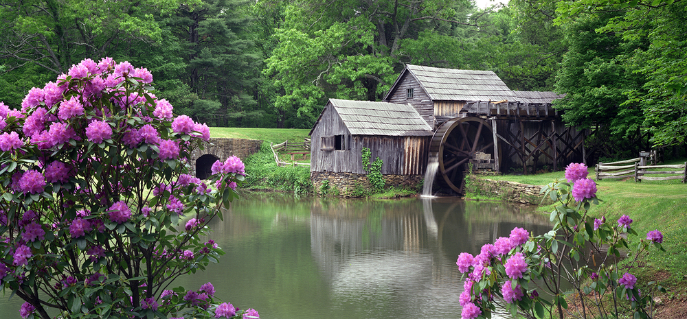 Morning at the Mabry Mill