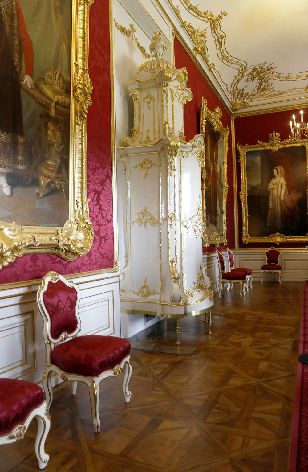 Opulent State Rooms