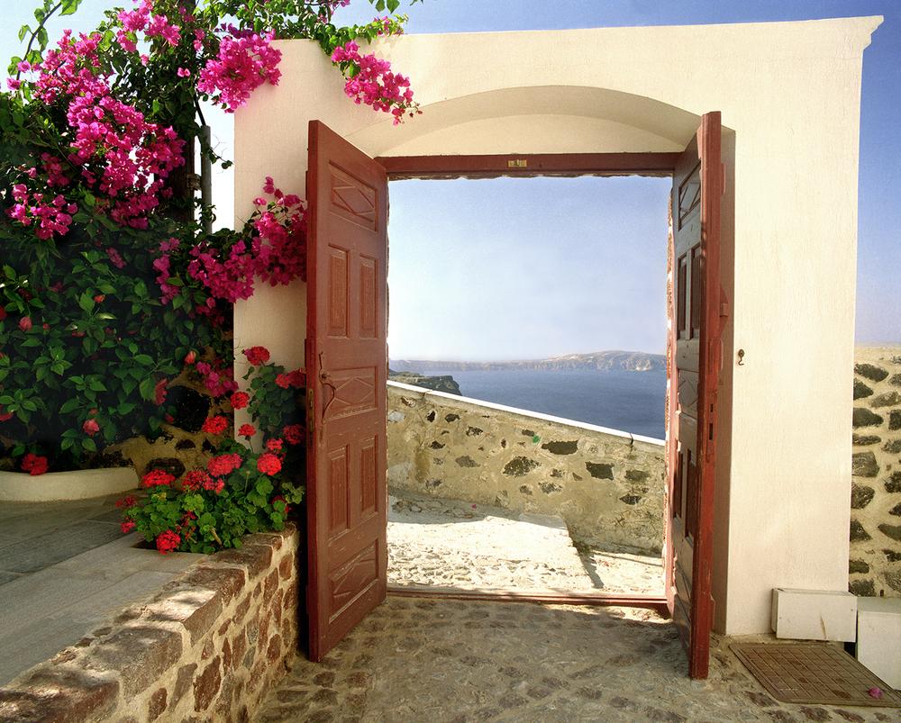 The Santorini Gate