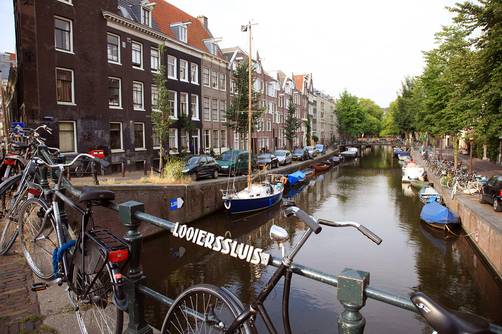 Sailboat on the Herengracht
