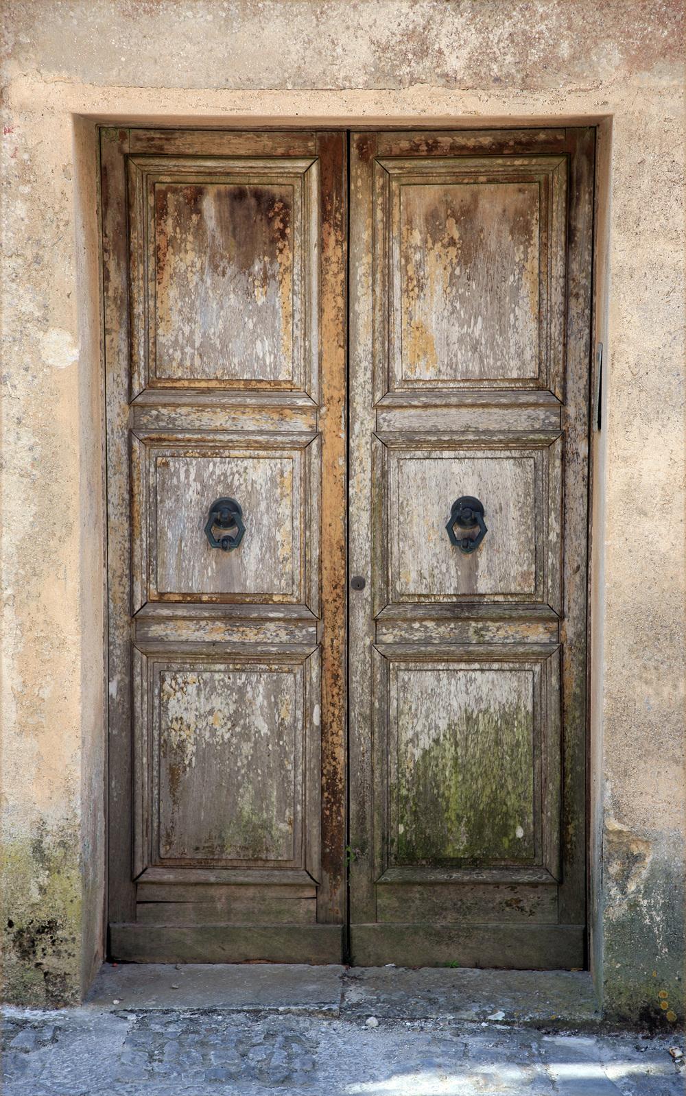 Door in Corsica