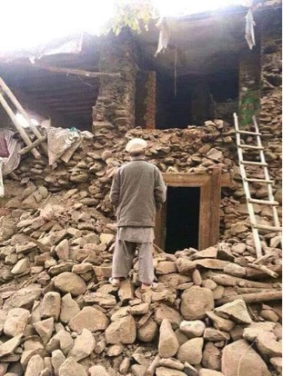 Many in Pakistan have been displaced from their homes due to the earthquake.