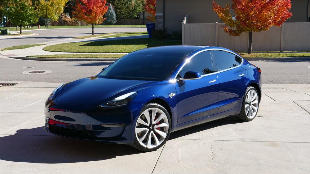 2019 Tesla Model 3 - + Beadlock on Wheels