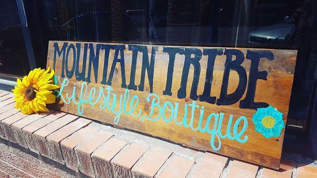#mountainlifestyle #lifestyleboutique #shopmountaintribe