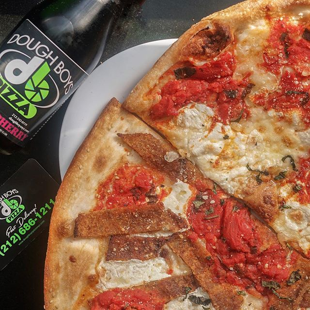 It's about that time! Forget your usual lunch routine, come on over and spend it with us. From 11AM-3PM, Monday-Friday, we recognize your hard work. Get a FREE drink with any order of our lunch menu ranging from two cheese slices for just $4.95 to our signature eggplant and chicken parmigiana heros! End your week off on a tasty note🍕 #DoughBoysPizzaNYC
