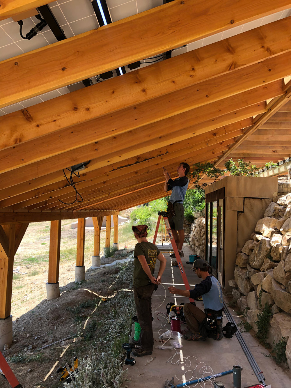 The solar installation process for the sunridge earthship