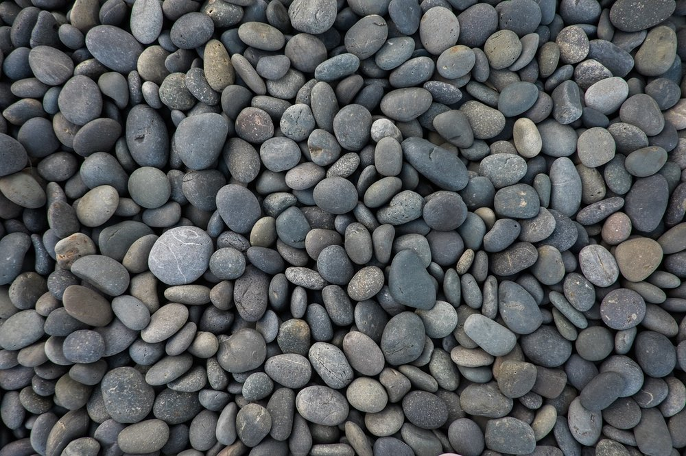 pebbles-1209189_1280.jpg