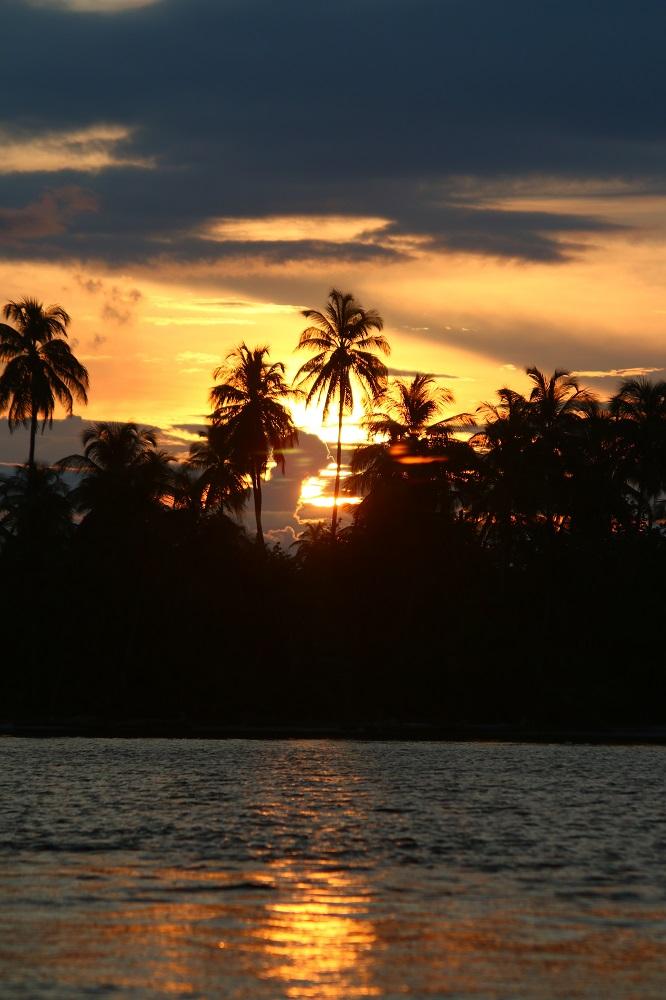 Pescadores - Sunset.JPG