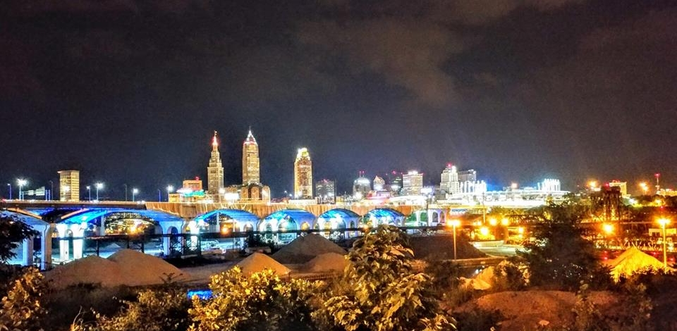 Cleveland is real purdy at night