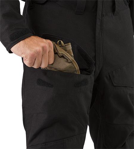 Assault-Coverall-FR-Black-Thigh-Pocket.jpg